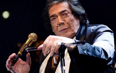 Fallece el cantante argentino Cacho Castaña
