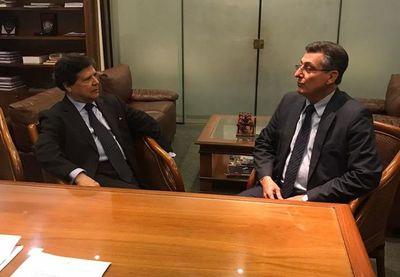 Euclides nombra como asesor a ex canciller Melgarejo Lanzoni