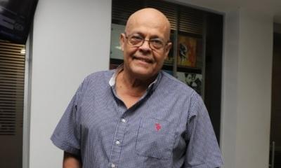Julio González Cabello y sus inicios en el periodismo
