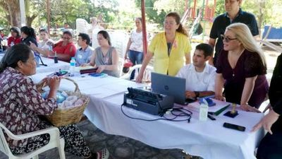 "Aregua recibió programa ""La Justicia llega a tu barrio"""