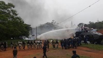 Tomateros cerraron ruta y Policía Nacional procedió a despejar