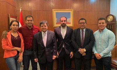 Miguel Prieto se reúne con ministro del Interior y director de Aduanas