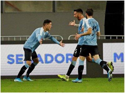 Darwin Núñez sella el empate de Uruguay en su debut con la celeste