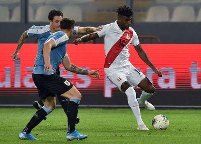 Uruguay consigue épico empate ante Perú