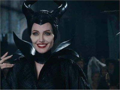 Angelina Jolie: La gente que parece malvada sufre mucho