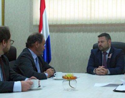 Paraguay presentó protesta ante Interpol por fuga de Arrom, Martín y Colmán