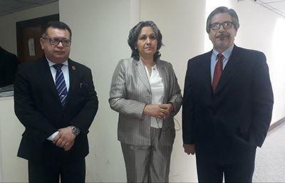 "CDE: Camarista  justifica fallo a favor de ex policía abusador y dice que escrachadores ""son pagados"""