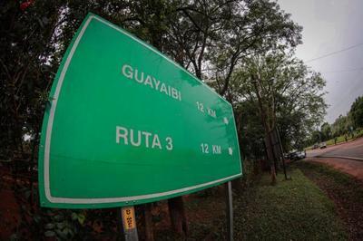 Jefe de Estado inaugura asfaltado que beneficia a productores de banana y piña en San Pedro