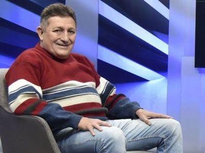 """Pensión a Romerito desata críticas y reaviva debate sobre """"méritos"""" y requisitos"""