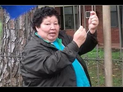 Denuncian que mujer agredió a un niño sup. porque estaba jugando en una plaza