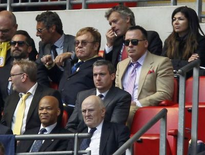 El Watford y el fútbol salvaron la vida de Elton John