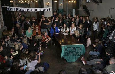 Feministas argentinas piden apoyo a pares de Brasil en causa por violación