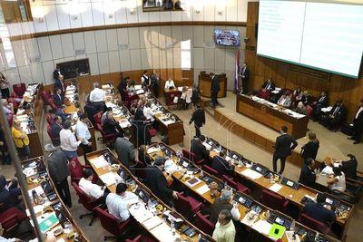 Media sanción a horario escalonado en instituciones públicas