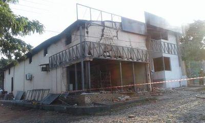 Fuego consumió  una panaderia en Santaní