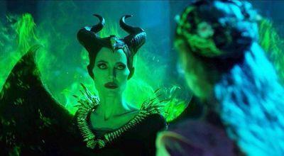 Angelina Jolie retorna como  Maléfica
