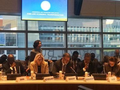 Ministro expuso en EEUU sobre capital humano y transformación económica