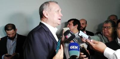 """HOY / Ferreiro no piensa en su reelección """"por ahora"""""""