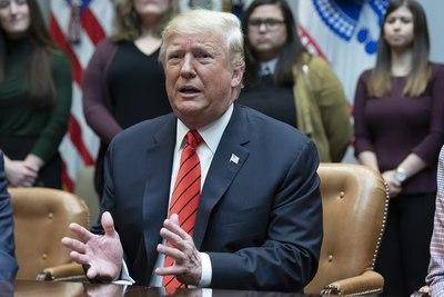 Trump anuncia que «algunos» países europeos repatriarán a miembros del EI