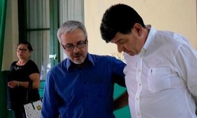 Senador celebra Alianza entre partidos de la oposición para la intendencia de Asunción.