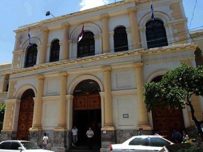 Fiscalía investiga supuesto engaño a jugadores de Cerro Porteño