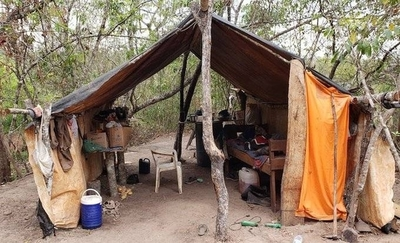 HOY / Comida podrida, colchones de  ramas, sin luz ni baño: Brasil,  6 paraguayos esclavizados