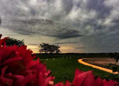 Meteorología anuncia día fresco a cálido con lluvias dispersas