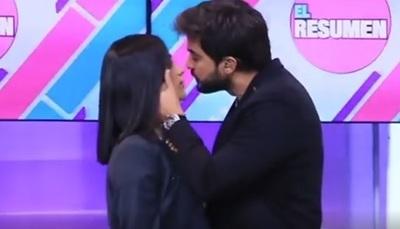 'El beso' que imitaron Carlitos Ortellado y Fabi Martínez
