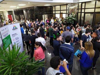 Más de 5.200 postulantes para concursar por 68 vacancias en Itaipú