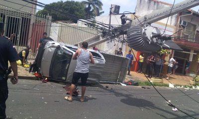 Aparatoso accidente de tránsito en Asunción