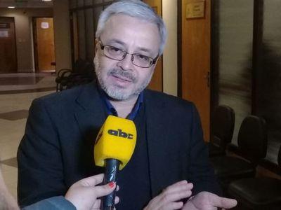 Juicio Político: Postura de HC pesará más que informe de comisión, según Querey