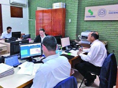 Catastro frena plan de transferencia de inmuebles de González Daher