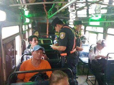 Policía de San Lorenzo: Control dentro de los buses del transporte interno