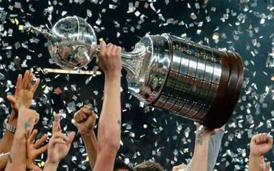 Conmebol mantiene postura de jugar la Final de Libertadores en Santiago