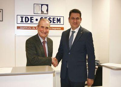 Initiative se alía con el IDE CESEM Business School