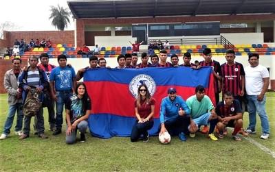 Cerro Porteño premió a jóvenes de Cayin O Clim con jornada de integración