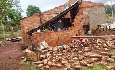 Tormenta azota a Canindeyú y deja cuantiosos daños