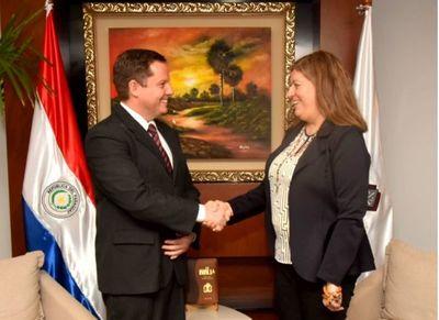 Ministro Martínez Simón se reunió con la Fiscal General del Estado