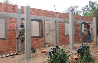 Concejales Municipales fiscalizaron construcción de Aulas en Mariscal