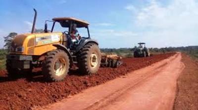 Caminos de Caazapá van mejorando paulatinamente con varias obras en ejecución