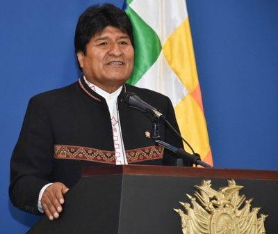 Conteo rápido da preliminarmente victoria a Evo Morales en Bolivia, sin necesidad de segunda vuelta