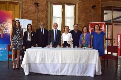"""Presentaron en conferencia el ballet """"La Bayadera"""" en el Teatro Municipal"""