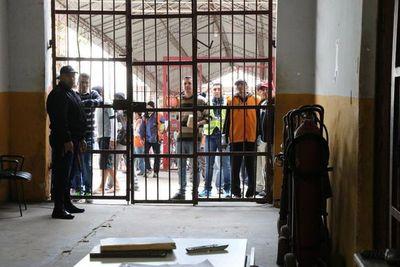 A partir de hoy, 1.500 guardiacárceles están de huelga a nivel país