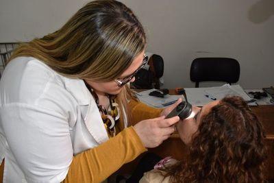 Inician controles preventivos contra el cáncer de piel en hospitales públicos