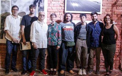 La feria Oxígeno premió a los jóvenes artistas expositores