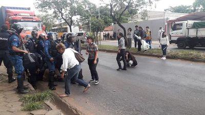 Ministro del Interior defiende actuación policial en el Botánico