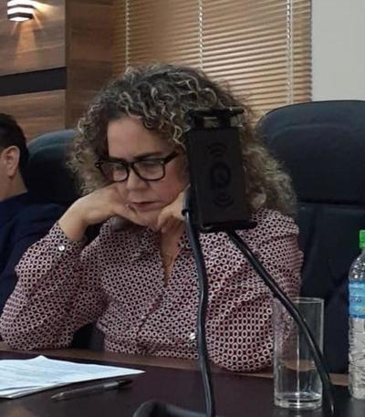 Bartola reconoce que aprobó loteamiento irregular pero pide sanción para otro