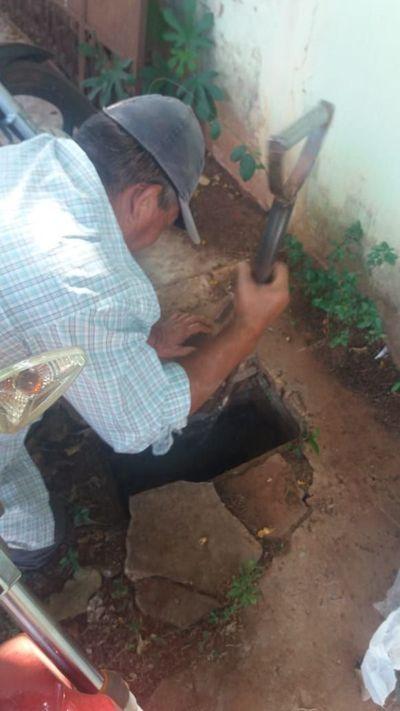 Morosos amenazan al personal que corta servicio de agua potable en Horqueta