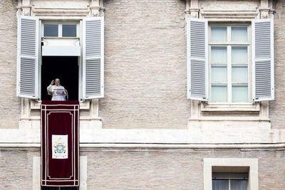 Vaticano niega que esté al borde de la quiebra