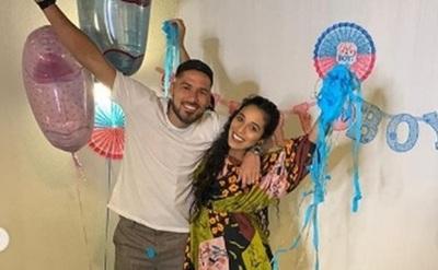 El jugador Bruno Valdez celebró con emoción que llegará su primer hijo