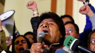 Evo Morales denunció un golpe de Estado